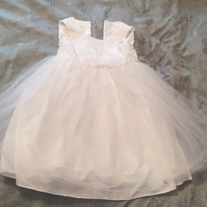 Other - Bella by Marmellata White Dress Size 6